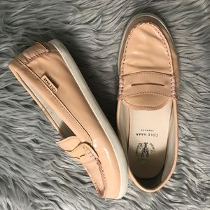 COLE HAAN Beige Pinch Maine Classic Loafers